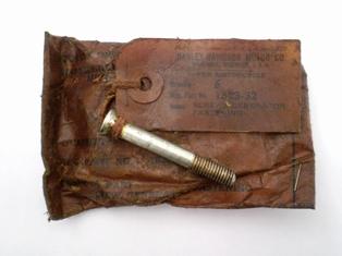 1523-32  generator fastening screw, cadmium,  NOS