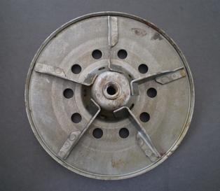 2479-41A  clutch releasing disc, NOS