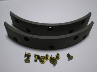 4114-39  set front brake linings and rivets