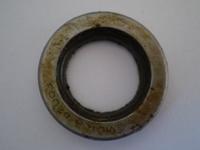 418-44  left bearing oil seal, NOS