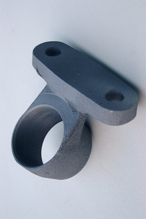 2802-08  drop forged & machined engine mount front casting