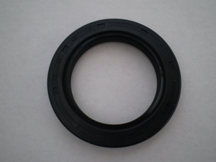 2524-AR rubber oil seal in 16T and 17T sprocket