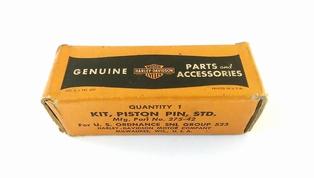 275-42  piston pin & lock rings - STD, NOS